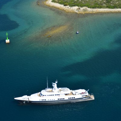 Berzinc Yacht Cruising