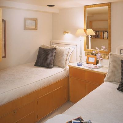 The Goose Yacht Twin Stateroom