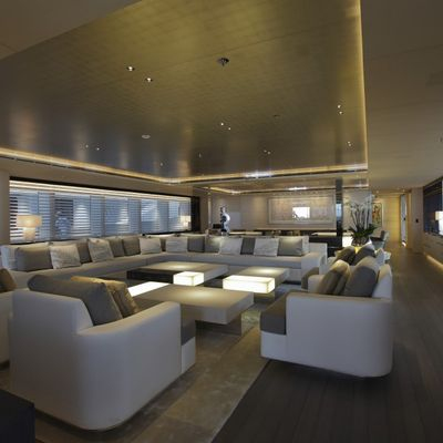 Nautilus Yacht Main Salon