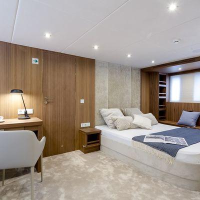 Timeless Yacht