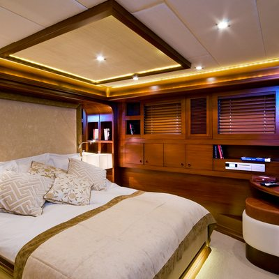 Daima Yacht White Guest Stateroom