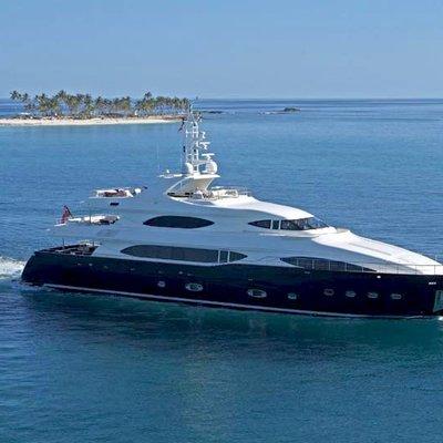 Sima Yacht Running Shot