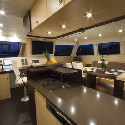 Depende IV Yacht