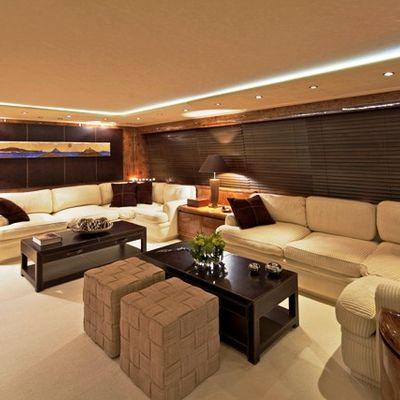 Obsesion Yacht Saloon
