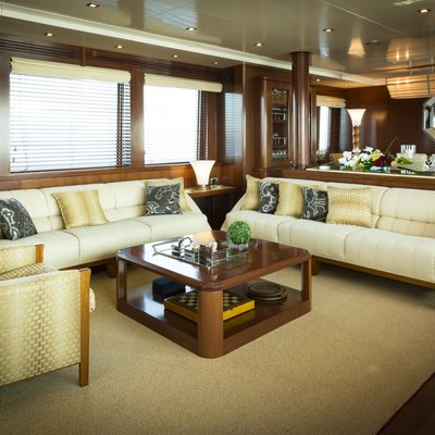 W Explorer Yacht