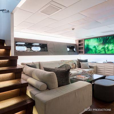 Beachouse Yacht Lounge