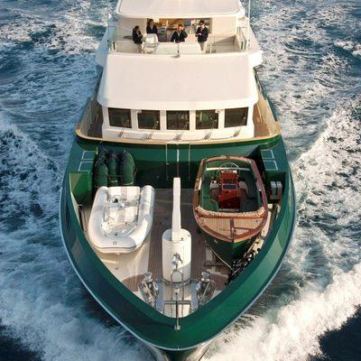 W Explorer Yacht Bow - Overhead