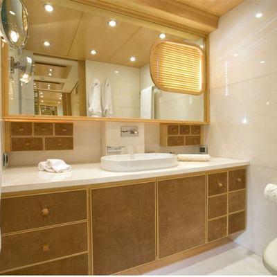 Deep Blue II Yacht Master Bathroom - Detail