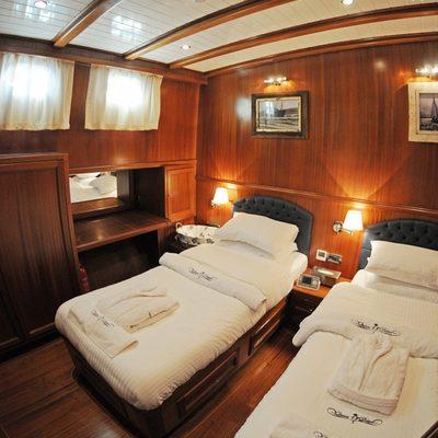 Queen of Datca Yacht Twin Cabin