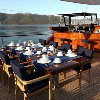 Clear Eyes Yacht Dining Area