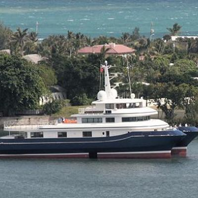 Silver Cloud Yacht Running