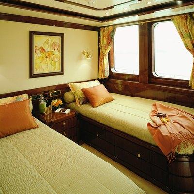 Jasmine Yacht Twin Stateroom