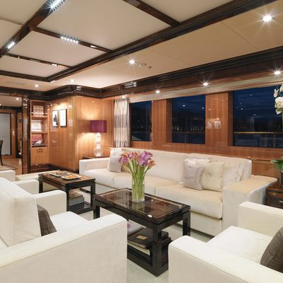 Meamina Yacht Main Saloon - Seating