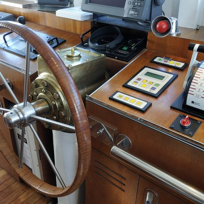 Dionea Yacht Wheelhouse