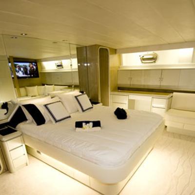 Auspro Yacht