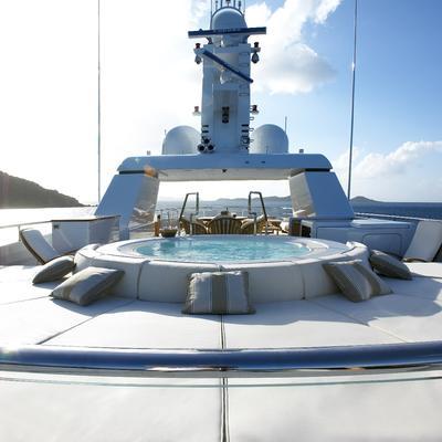 Harle Yacht Jacuzzi