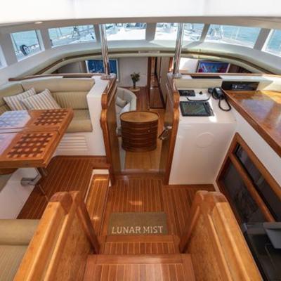 Elton Yacht