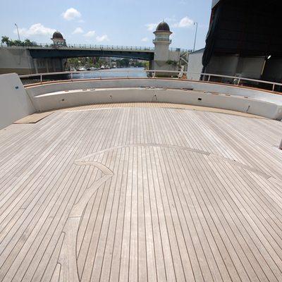 Stargazer Yacht Sundeck