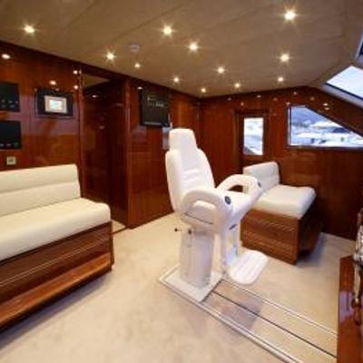Corvus Yacht Pilothouse