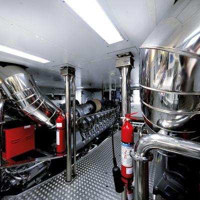 Zaliv III Yacht Engine Room