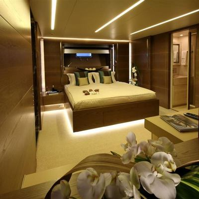 Bliss Easy Yacht VIP Stateroom