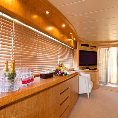 Xclusive XVI Yacht