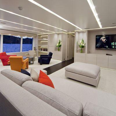 Baraka Yacht Upper Lounge