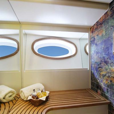 Marie Yacht Bathroom