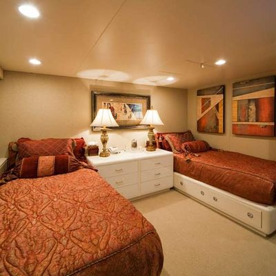 Big Eagle Yacht Twin Stateroom