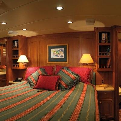Sundene Yacht