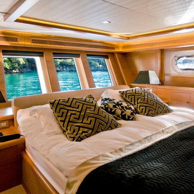 Daima Yacht Master Stateroom - Windows