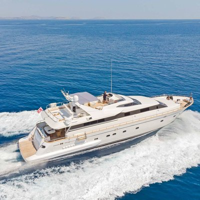 Lucy Pink Yacht
