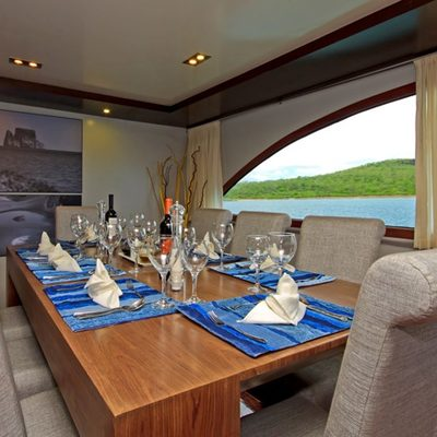 Ocean Spray Yacht
