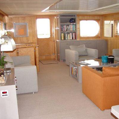Secret Love Yacht Salon - Overview
