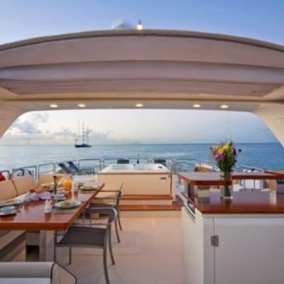 Andreika Yacht Sundeck