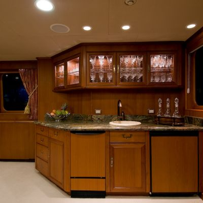 Sea Falcon II Yacht Main Salon Bar
