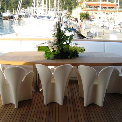 Michka V Exterior Dining Table