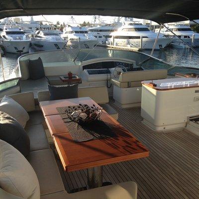 Intervention Yacht