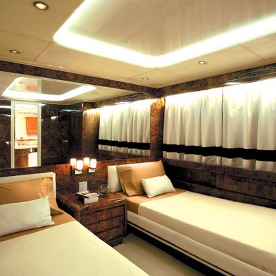 Obsesion Yacht Twin Stateroom - White