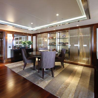 Seanna Yacht Seating Area