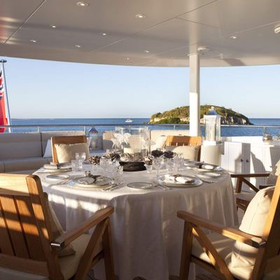 Blind Date Yacht Exterior Dining