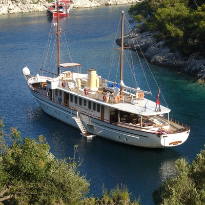Silver Cloud Yacht Overview