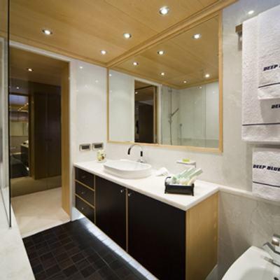 Deep Blue II Yacht Guest Shower Room