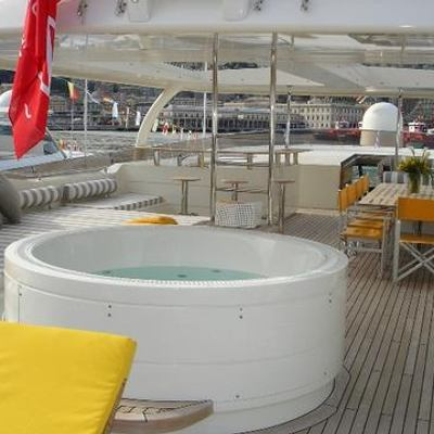 Phoenix Yacht Jacuzzi & Seating