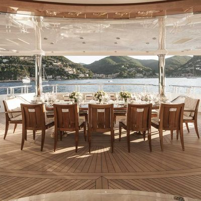 Liberty Yacht Main Deck - Dining