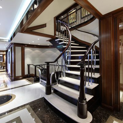 Seanna Yacht Lobby - Staircase