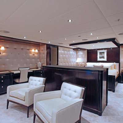 Carpe Diem Yacht Master Stateroom - Lounge