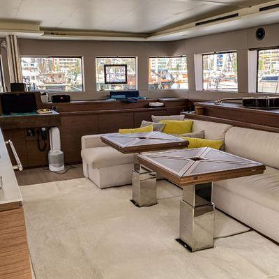 Duolife Yacht