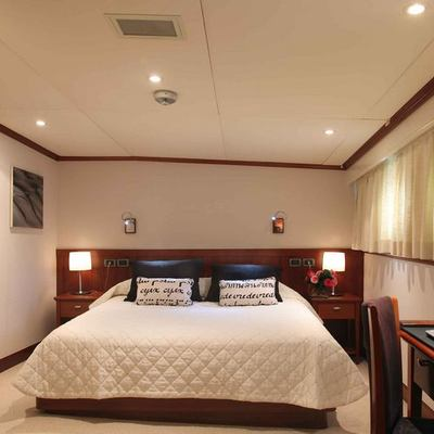 Asteria Yacht VIP Guest Stateroom