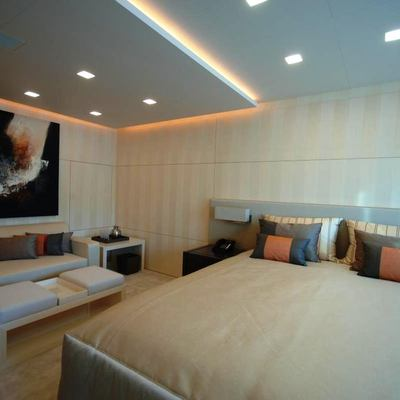Siren Yacht Guest Stateroom - Overview